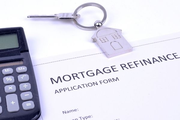 Mortgage refinance application and calculator.